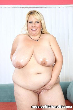 Christela big ass girls classified ads Valley Falls